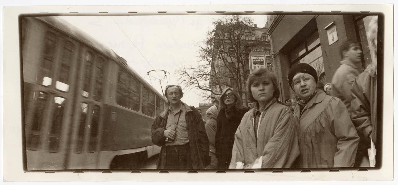 Зупинка трамваю на вул. Пушкінській, 3